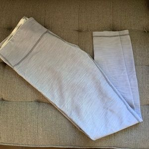Grey lululemon's - wunder under